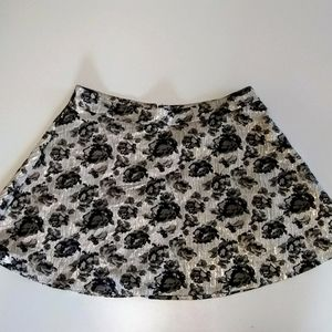 Apt 9 Romantic Floral Rose Metallic Shine Skirt